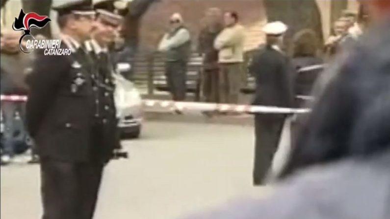 Agguato a Chiaravalle, coppia uccisa a colpi d'arma da fuoco