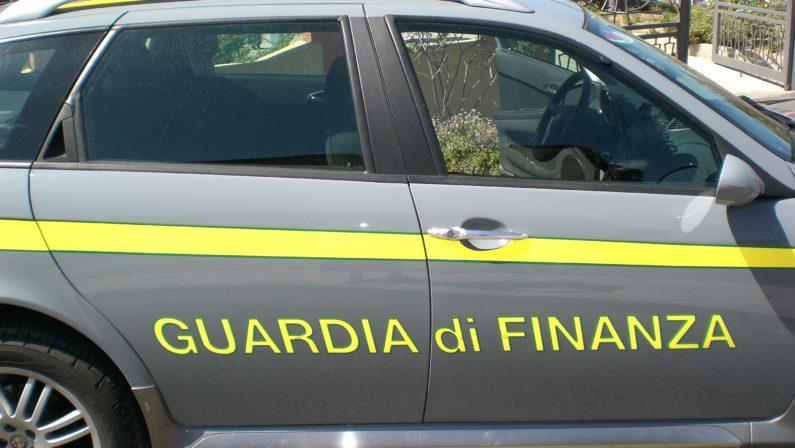 Operazione Guardia di Finanza Sequestrati migliaia di prodotti pericolosi