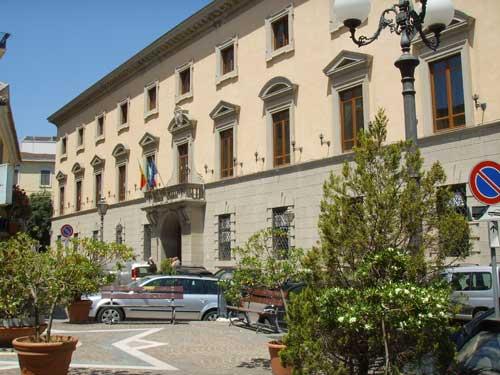 Personale comunale a basso costo A Catanzaro la media è 194€/abitante