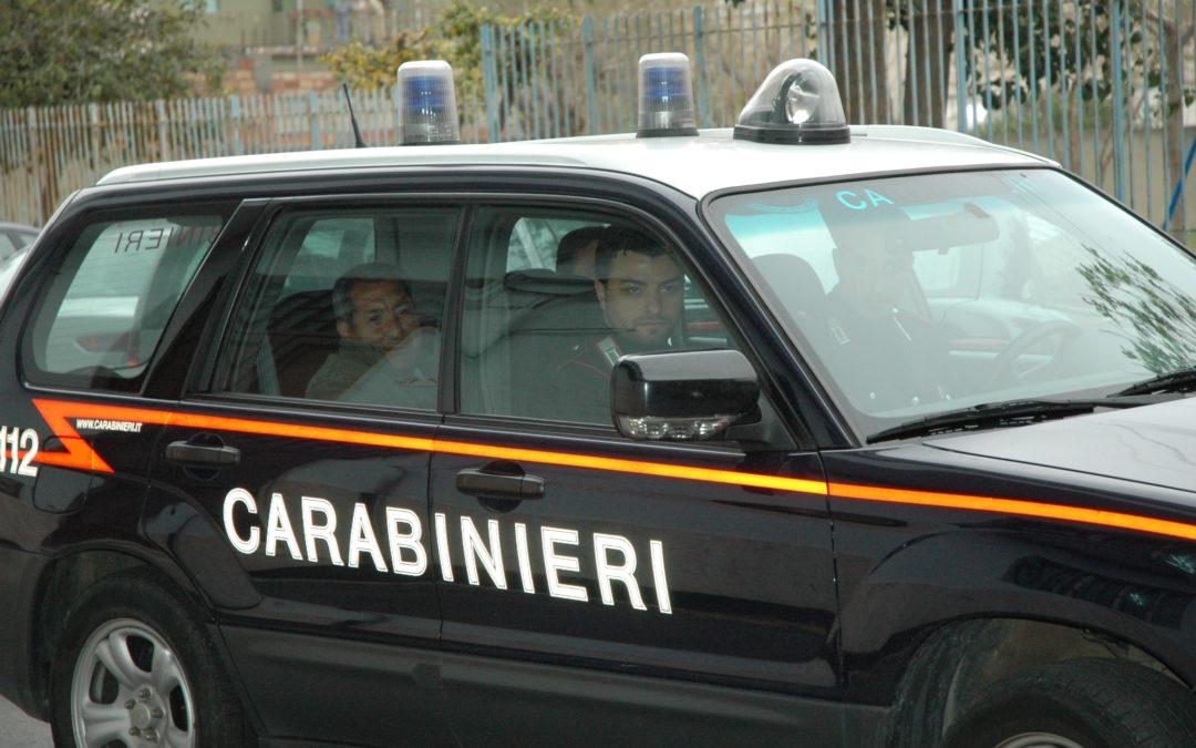 Gli trovano in casa attrezzi di spaccio Arrestato operaio a Isola Capo Rizzuto