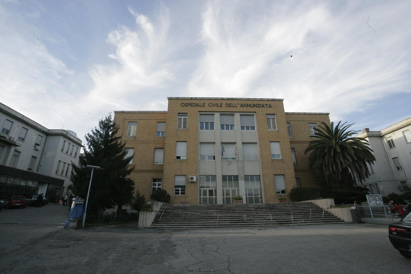 Cosenza, bimba morta dopo dimissioni dall'ospedaleLa famiglia chiede ulteriori indagini sulle responsabilità