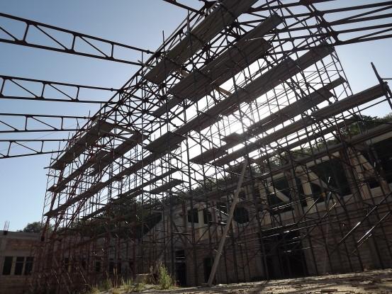Reggio, scheletri delle opere pubbliche A Ortì cantieri abbandonati dal 2008
