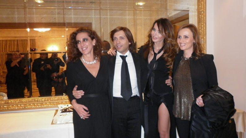 Il fascino di Nina Moric e l'estro di A.Giulio Grande