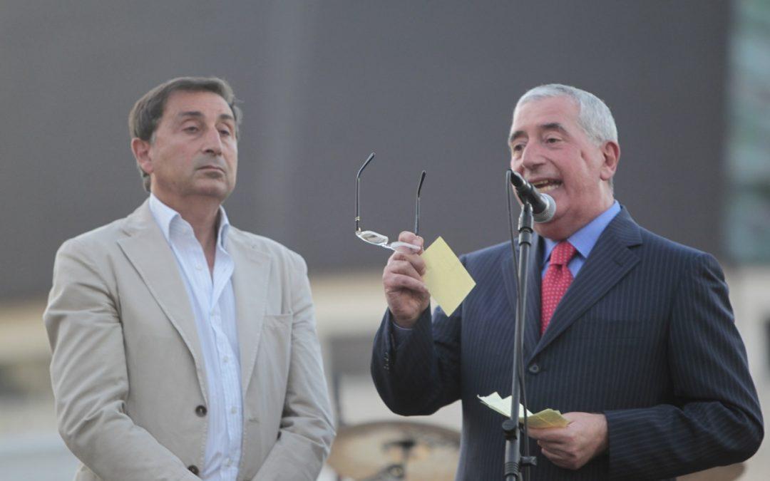 Rende, due anni dopo i cori e il tripudio in piazza Pd contro Cavalcanti: «Noi leali, lui ci  evitava»