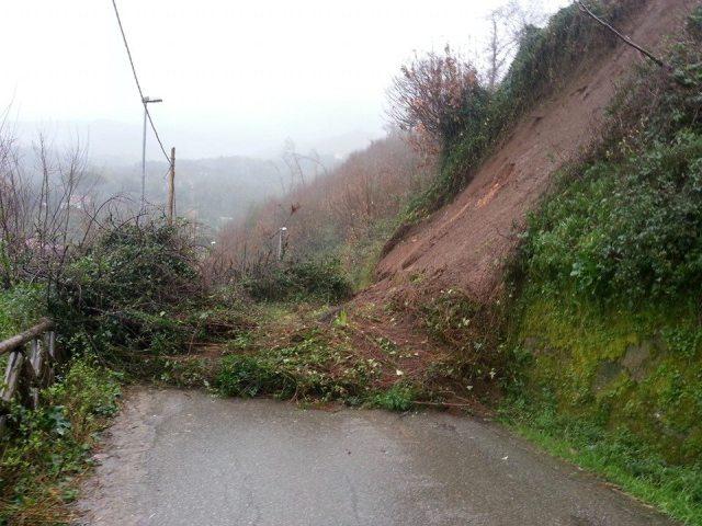 Maltempo in Calabria, allerta in zone del RegginoSuperata la soglia di pioggia, rischio di frane