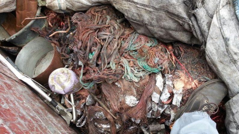 Cosenza, trasportavano rifiuti ferrosi Due uomini accusati di ricettazione