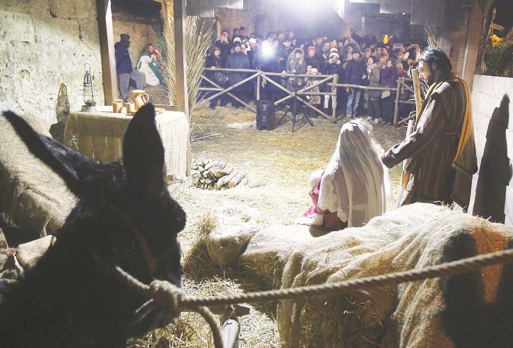 Non solo il Presepe nei Sassi: a Matera oltre un mese di eventi natalizi (e c'è anche Ron)