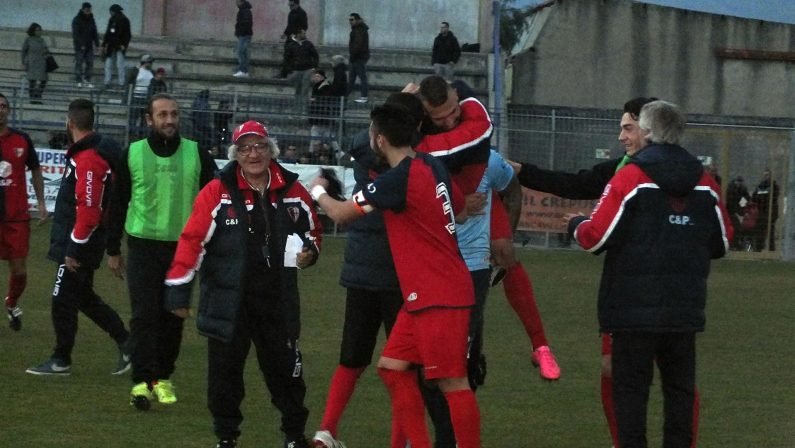Il Francavilla batte il Taranto ai rigori e si qualifica per gli ottavi di finale
