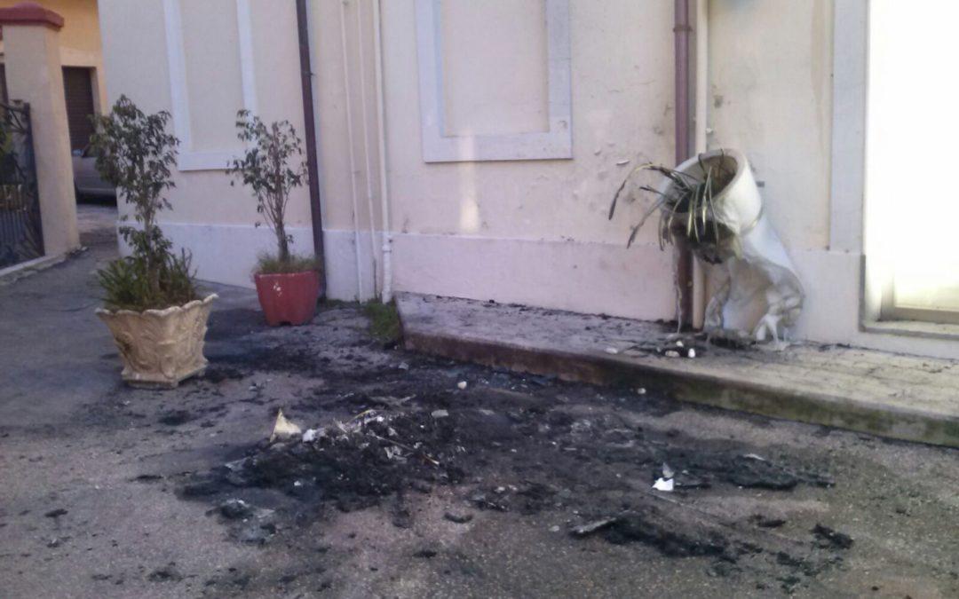La seconda intimidazione in pochi giorni per il titolare della delegazione Aci di Lamezia Terme
