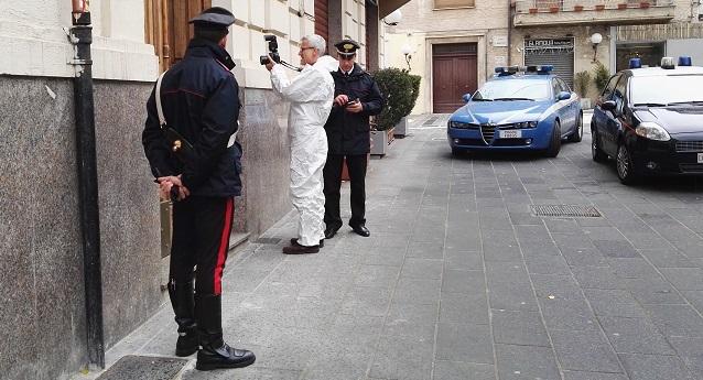 Gli applausi per Marianna, tanto dolore ai funeralidella bimba uccisa dalla madre a Cosenza