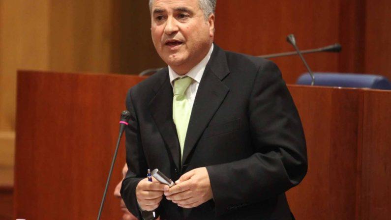 Assunzione di personale all'Arpacal, a processoil consigliere regionale del Pd Antonio Scalzo