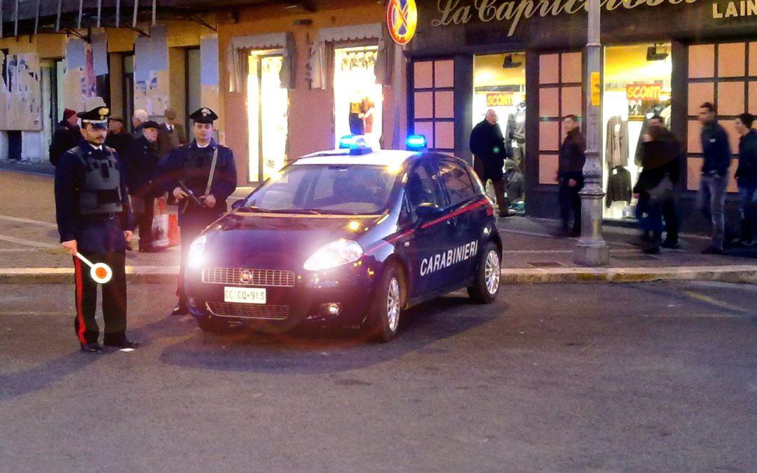 Controlli dei carabinieri a Crotone