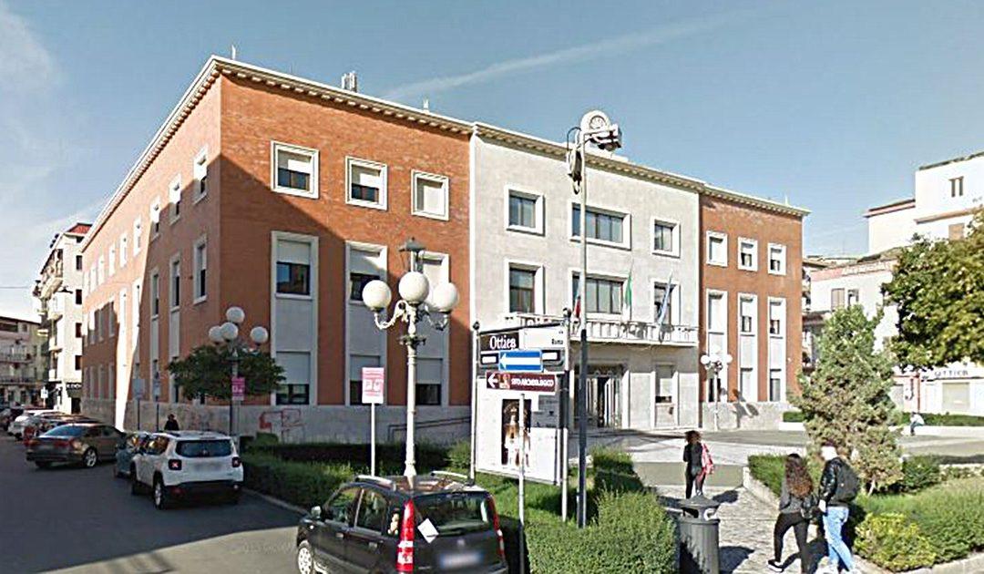 Il palazzo comunale di Crotone