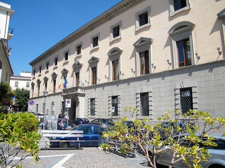 Nuovo guasto alla rete idrica di CatanzaroTutta la zona del centro storico è rimasta senz'acqua