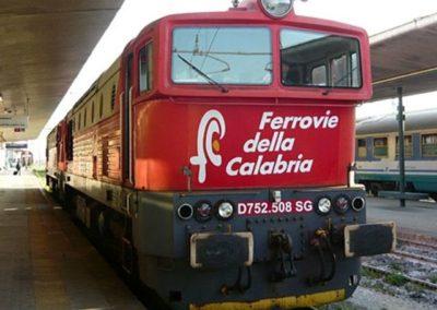 Ferrovie della Calabria treno.jpeg