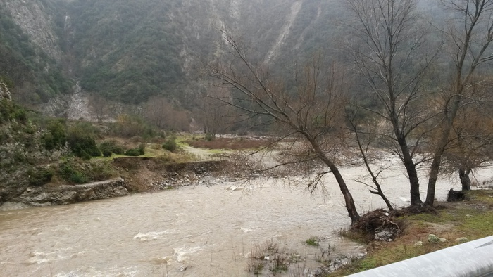 Maltempo in Calabria, piogga e vento a CosenzaEsonda il Crati in 3 punti, frane a Paola e S. Marco Argentano