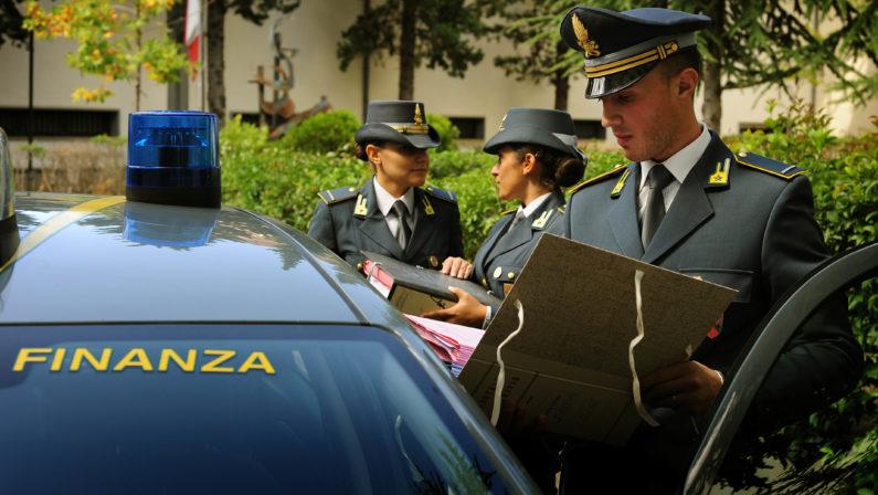 """Gestione dei fondi Por, la Finanza acquisisce documenti di """"Calabria Verde"""": verifiche su spese"""