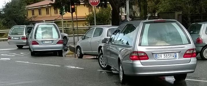 Strage in autostrada, le salme dei quattro giovanitornano a Gioia Tauro: uniti anche nei funerali