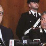 Il procuratore nazionale Antimafia, Franco Roberti, parla durante la conferenza stampa di ieri in Procura (foto A. MATTIACCI).JPG