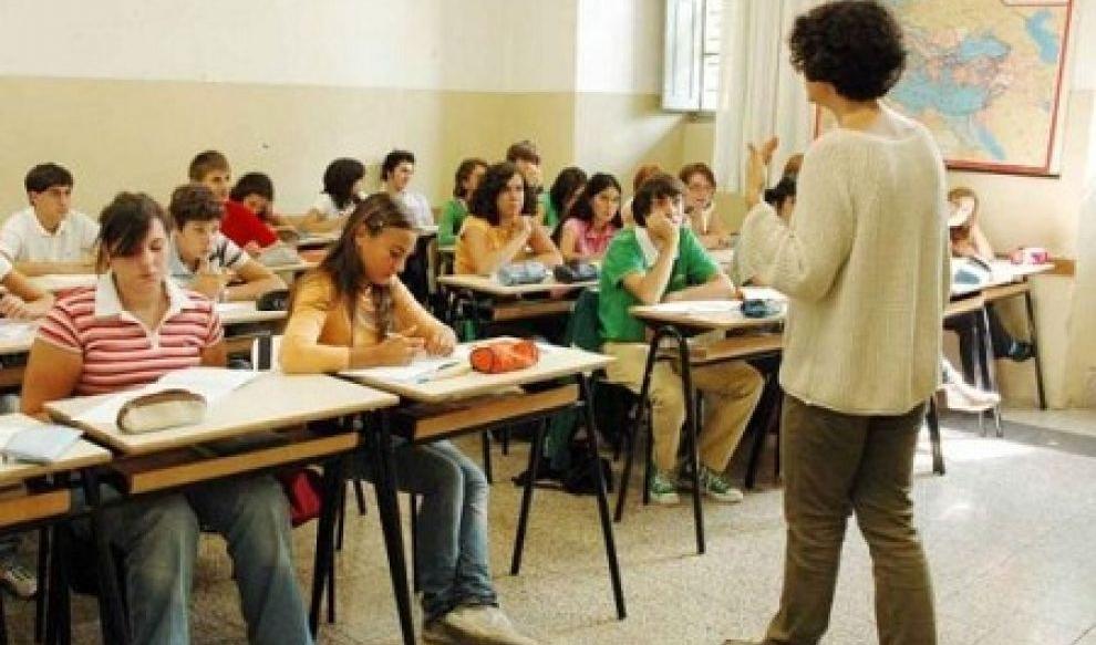 Mancano gli studenti, allarme nel PotentinoScuole a rischio chiusura in 33 Comuni