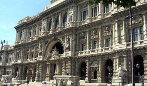 Taurianova, violenza di gruppo su Anna Maria ScarfòLa Cassazione conferma la condanna per don Scordo