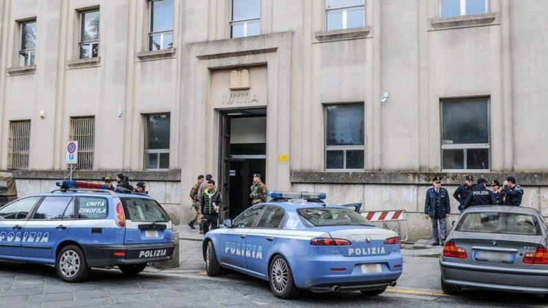 Allarme bomba al vecchio tribunaleEvacuato palazzo giudiziario a Vibo