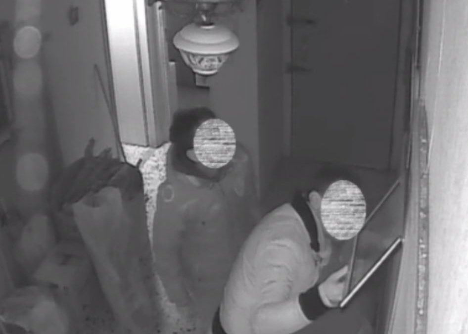 A Rossano tre ladri provano a svaligiare la casa di una coppia di anziani