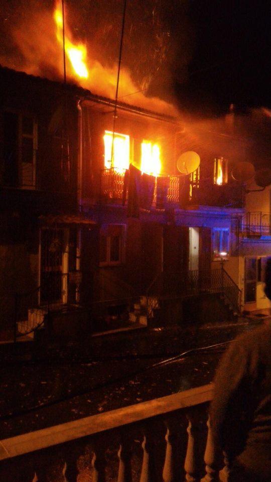 Dopo l'incendio che ha distrutto le abitazionia Fabrizia iniziative di sostegno alle famiglie