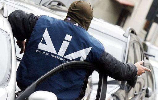 """Confiscati beni a imprenditore legato ai Grande Aracri  L'uomo è stato condannato nel processo """"Aemilia"""""""