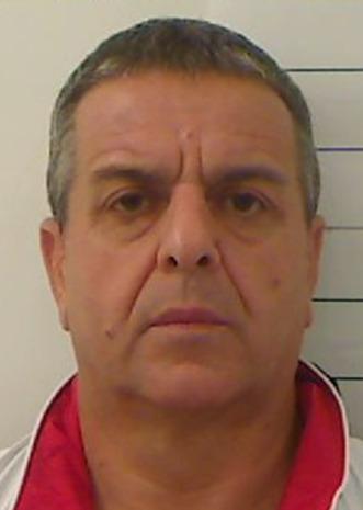 Arrestato pregiudicato trovatoin possesso di pistola e cartucce