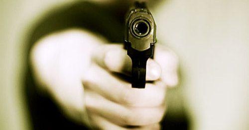 Napoli, morto rapinatore di 17 anni