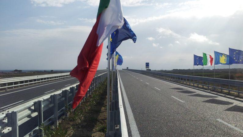 Nuova statale 106, accelerazione per il tratto Catanzaro-Crotone: deroga al dibattito