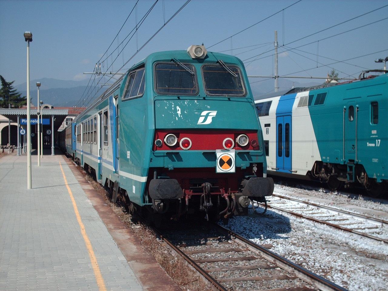 In Calabria puntuali quasi 9 treni su 10, Trenitalia rende note le cifre del 2017