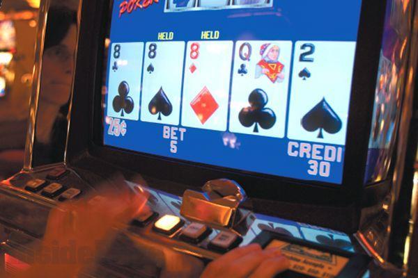 La bisca di Stato è aperta 24 ore su 24Inseguire follemente la fortuna al gioco