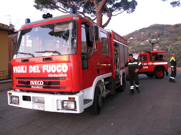 Frana nel Vibonese: crolla la stradatra Vallelonga e Monte Cucco