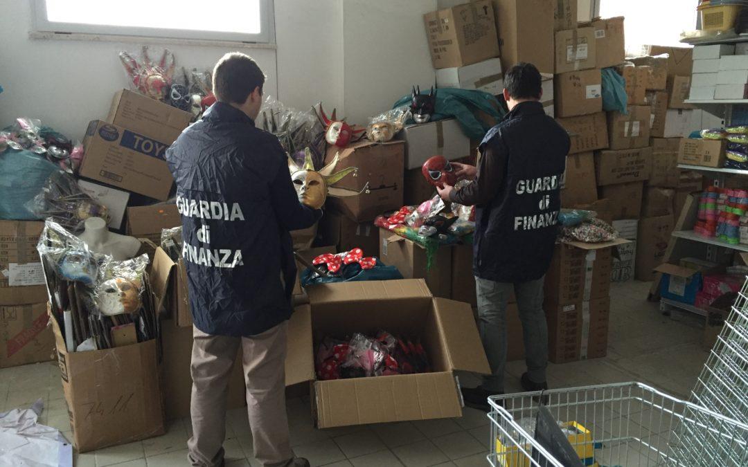 La Guardia di Finanza di Cosenza ha sequestrato maschere e vestiti di carnevale pericolosi per il consumatore