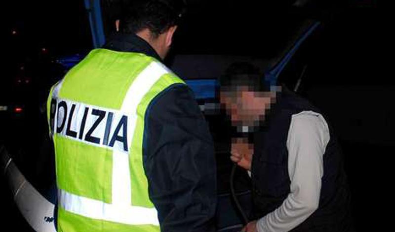 Incidente in autostrada, arrestato l'uomo coinvoltoGuidava ad alta velocità e sotto l'effetto dell'alcol