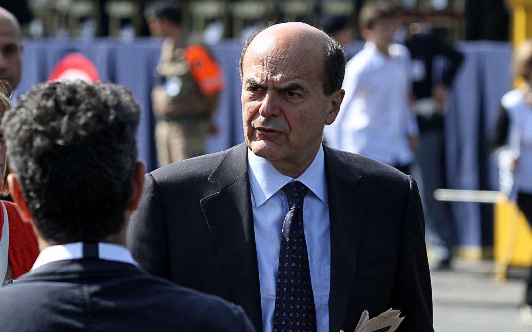 A Lamezia scatta la stoccata Pd di Bersani e D'Attorre  «In Calabria governa la destra più indecente d'Italia