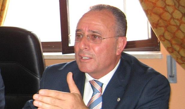 Vibo, l'assessore comunale Nicolino La Gamba si è dimesso