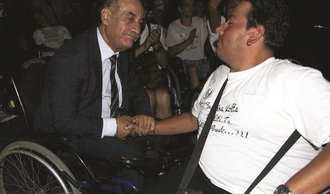A Marconia sindaco in carrozzina per toccare con mano i problemi dei disabili
