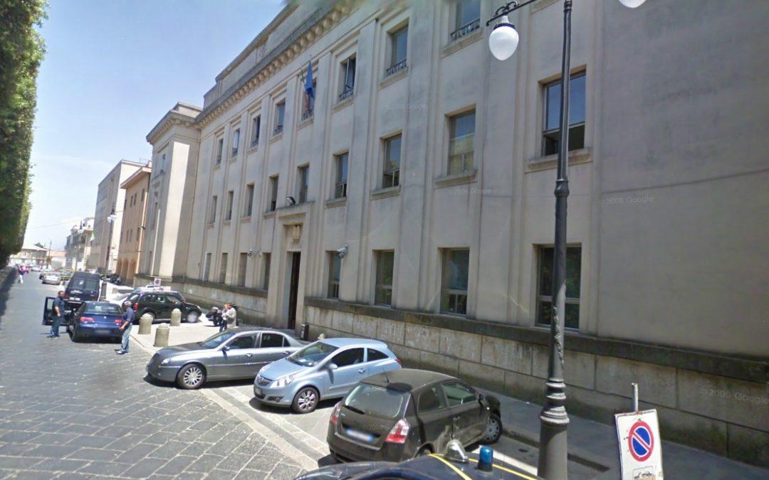 Si suicidò lanciandosi dal Viadotto, chiesto processo per 3 medici  accusati di aver lasciato andar via la donna dall'ospedale di Vibo