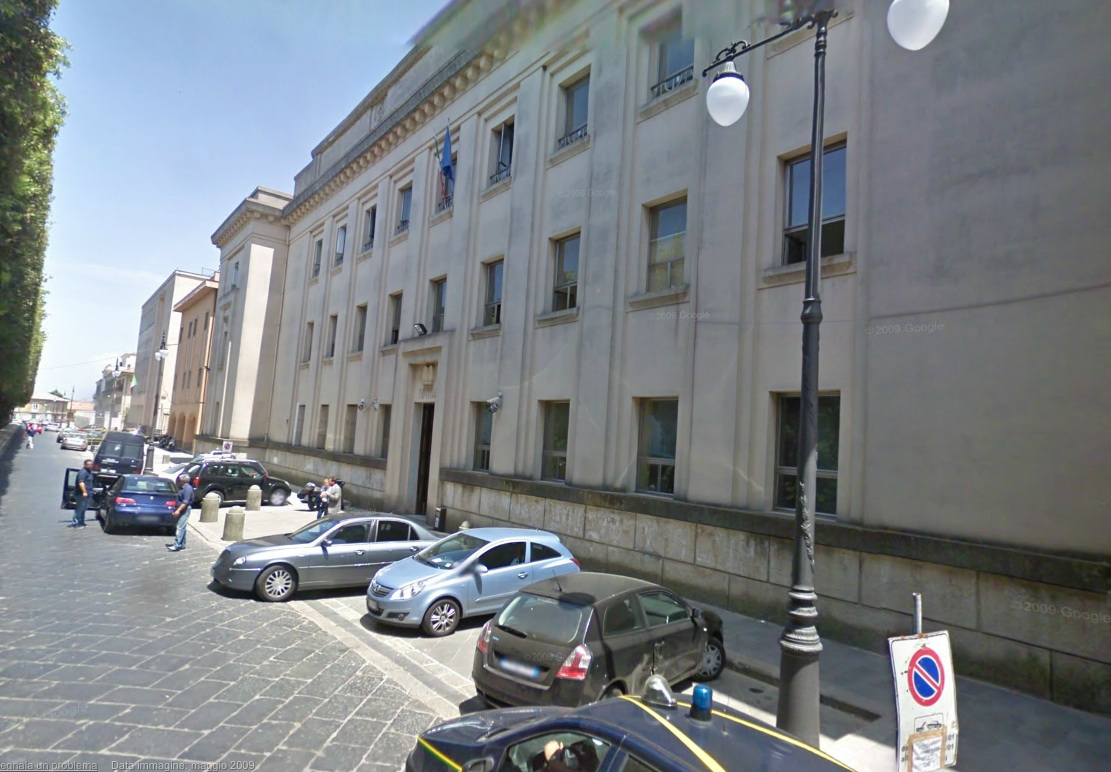 Vibo Valentia, mancati controlli su un muro pericolanteindagati l'ex sindaco D'Agostino e una dirigente
