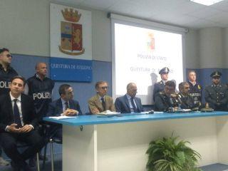 Furbetti del cartellino all'Asl Avellino: spuntano altri 12 indagati