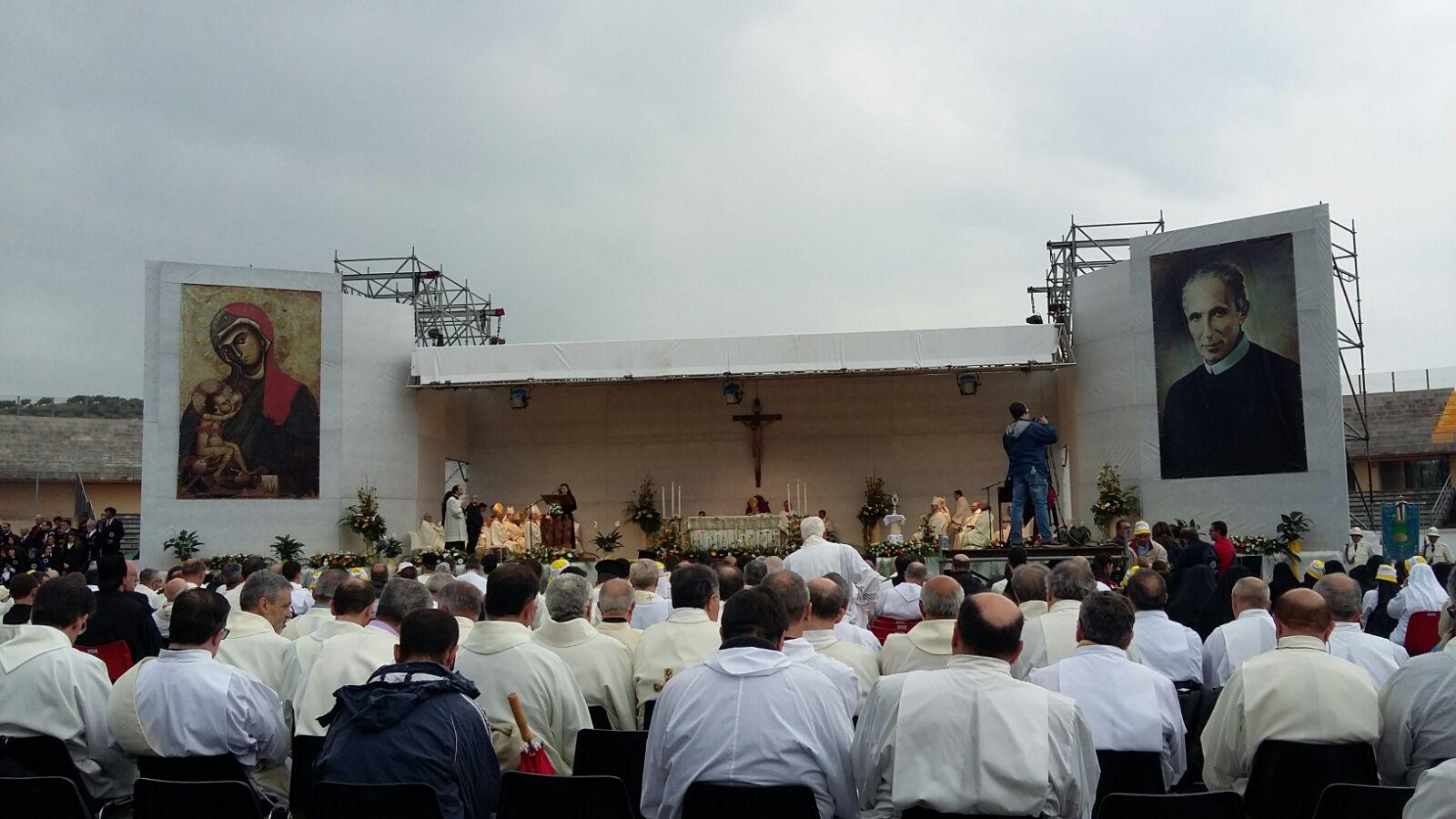In quindicimila a Cosenza per la beatificazione di Francesco Maria Greco