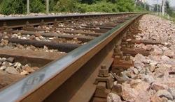 Anziano si suicida gettandosi sotto un treno nel Reggino  Bloccato il traffico sulla linea ionica per circa 2 ore