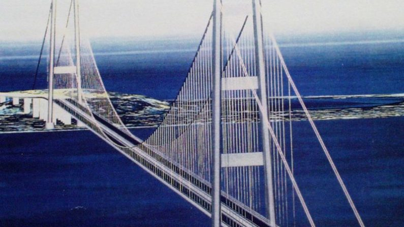 EMISFERO SUD - Ponte sullo Stretto demolito dai nordistiMisiti: «Ecco perché il progetto non è mai decollato»
