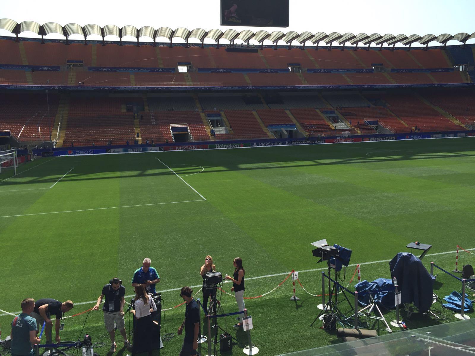 FOTO - I lavori svolti allo stadio San Sirodalla ditta cosentina prima della finale di Champions League