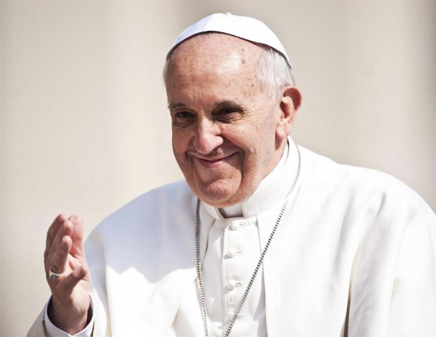 Papa Francesco all'Angelus ricorda il neo beato Francesco Maria Greco