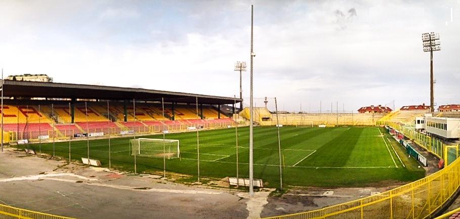 """Lo stadio """"Ceravolo"""" di Catanzaro"""