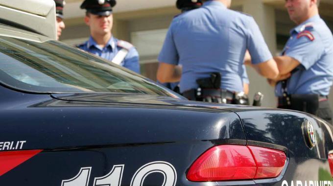 Picchia la madre 91enne e sulla sedia a rotelle  Per le violenze arrestato un uomo nel Cosentino